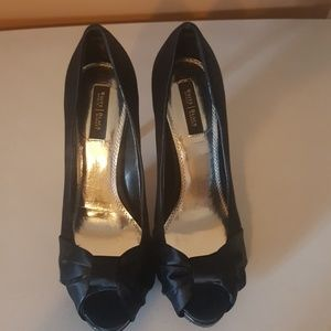 Size 7 White House | Black Market Dress Heels